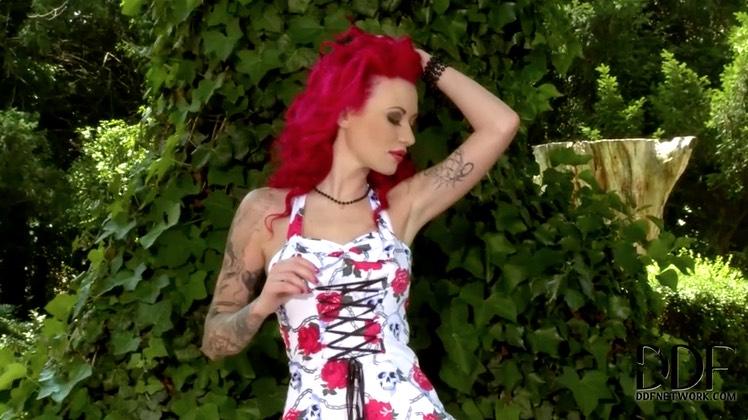 Redheaded ALT Babe